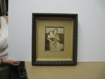 Custom-Framing-07